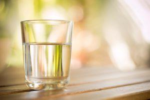 7 beneficios de beber agua